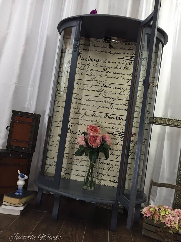 Grandma\'s Curio Cabinet