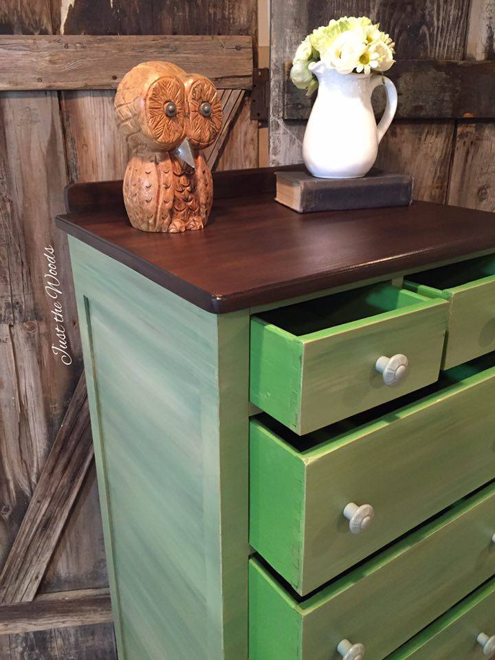 Shades of green Lingerie chest