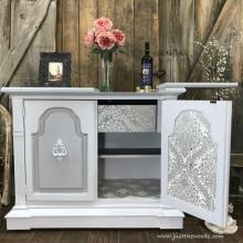 furniture-makeover-wallpaper-decoupage