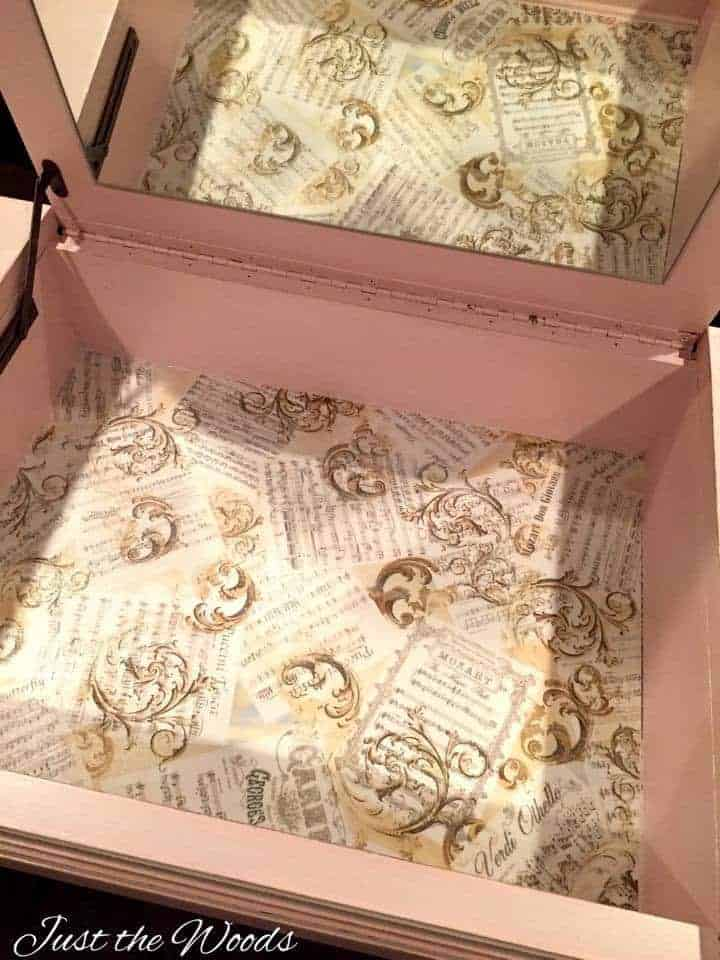 Fabric lined drawer