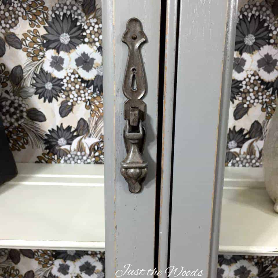 painted hardware, vintage hardware, chic curio cabinet, china cabinet, hutch, painted furniture