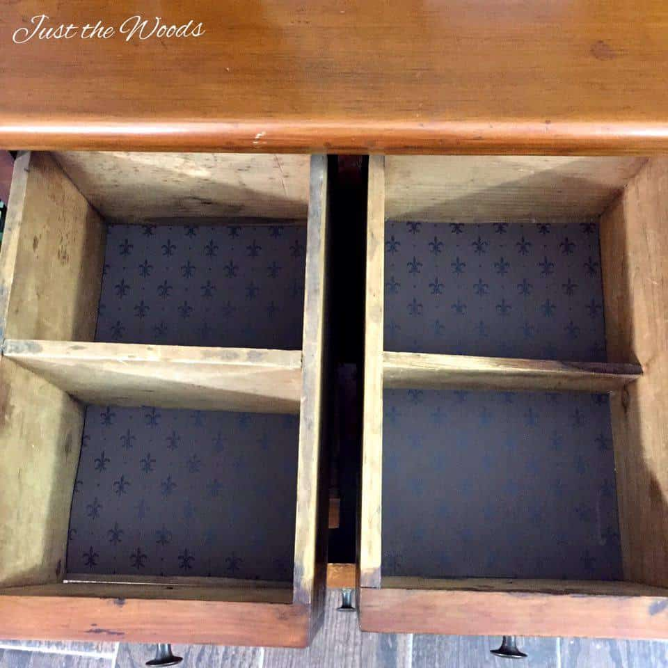 wallpaper lined drawers,