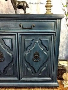 painted hardware, how to paint hardware, vintage hardware, painted furniture