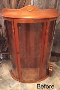 vintage curio, bow front curio cabinet, vintage furniture, grandmas furniture
