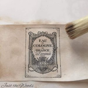 stain paper with glaze, stain paper with tea, how to make paper look old, aging paper