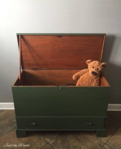open lid toy box