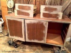 How to Paint Shiny Veneer Furniture, vintage furniture, paint furniture
