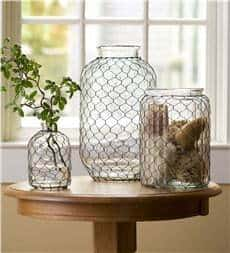 Chicken wire glass vase