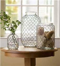 Chicken wire glass vase