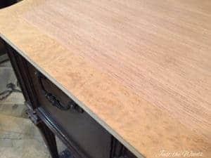 vintage desk, burl wood, wood grain, vintage furniture,