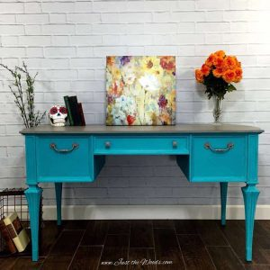 vintage-painted-desk
