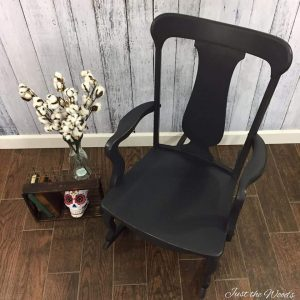 Graphite Painted Chair, painted chair, chalk paint, charcoal chalk paint, graphite chalk paint
