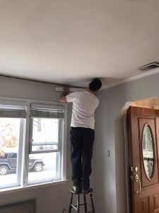 adding-crown-molding, living room makeover