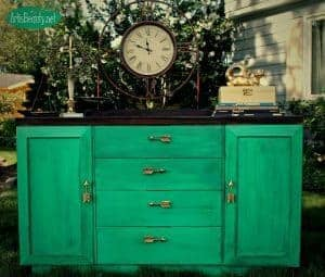art-is-beauty-green-buffet bold painted furniture, colorful painted buffet, just the woods