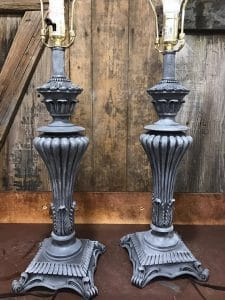 gray-and-white-painted-lamps, chalk paint, just the woods, painting lamps, how to paint a metal lamp