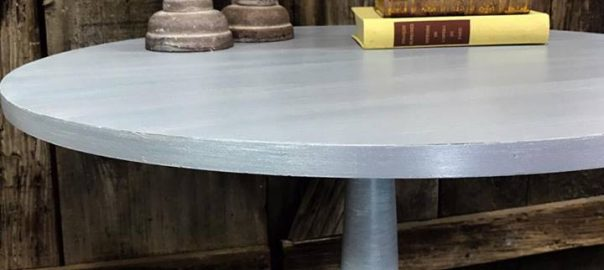 dry brushed table, painted table, pedestal table