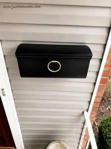 gold-and-black-chalk-paint, painted mailbox