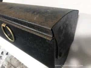 original-rusty-mailbox, how to paint a mailbox, rusty mailbox, paint metal
