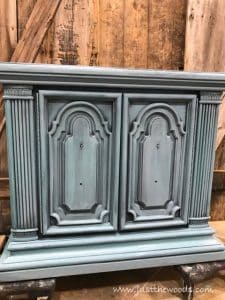 bygone-blue, chalk paint, painting layers, how to paint furniture