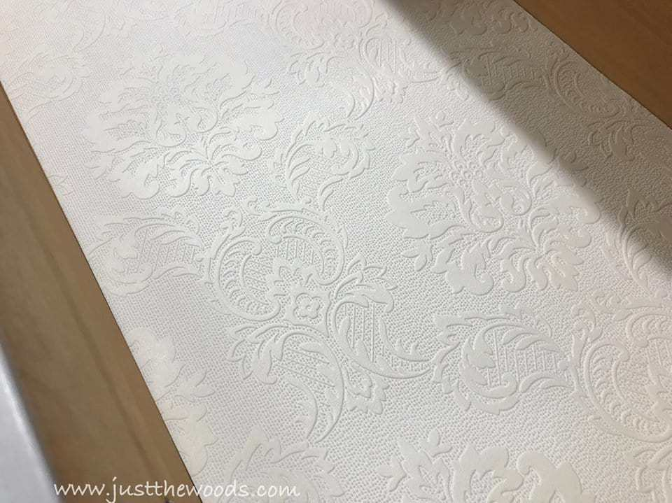 paintable wallpaper, textured wallpaper, damask wallpaper, line drawers with wallpaper