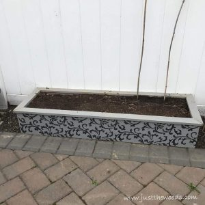 raised-garden-bed, how to build garden beds, gardening with kids, outdoor planters, Simple backyard gardening, garden with kids, growing vegetables and raised garden beds in a small city backyard. 20 DIY outdoor planters. Outdoor planter, outside planters, outdoor plant containers, outdoor plant containers, outdoor garden pots, outdoor planter pots, outdoor plant pots, garden planters, outdoor pots and planters, decorative outdoor planters