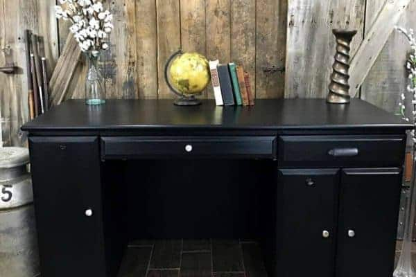 How to Love Your Furniture when You Hate the Color – Desk Makeover