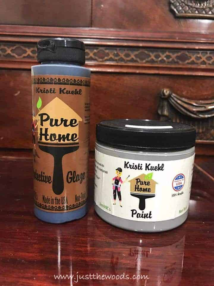 How to Glaze Furniture for an Old World Finish by Just the Woods / chalk paint / non toxic paint / painted furniture
