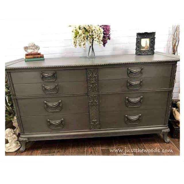 How to Glaze Furniture for an Old World Finish by Just the Woods / vintage furniture / painted dressers/ vintage bedroom set / painted and glazed / chalk paint / staten island