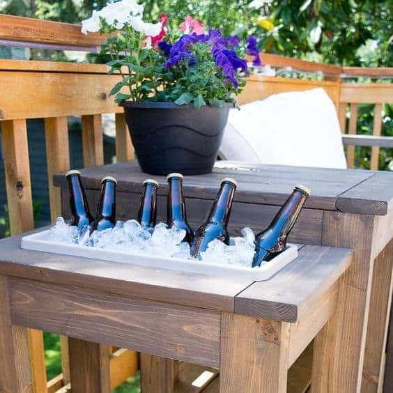 diy end table, built in ice box, outdoor table with planter, build it, how to