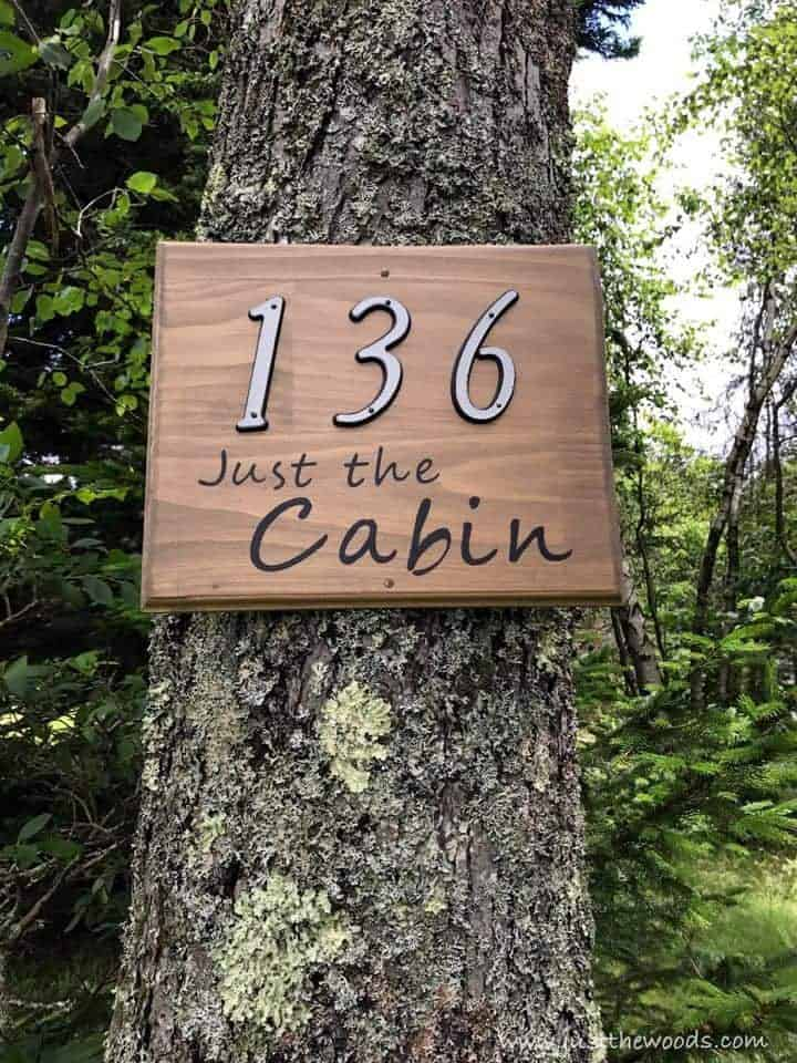 See how to make a custom address sign with scrap wood, a DIY stencil, and stain. Use pre-made house numbers or stencil them yourself with this easy DIY project and Cricut. Rustic address plaque, home sign, number sign, house number sign.