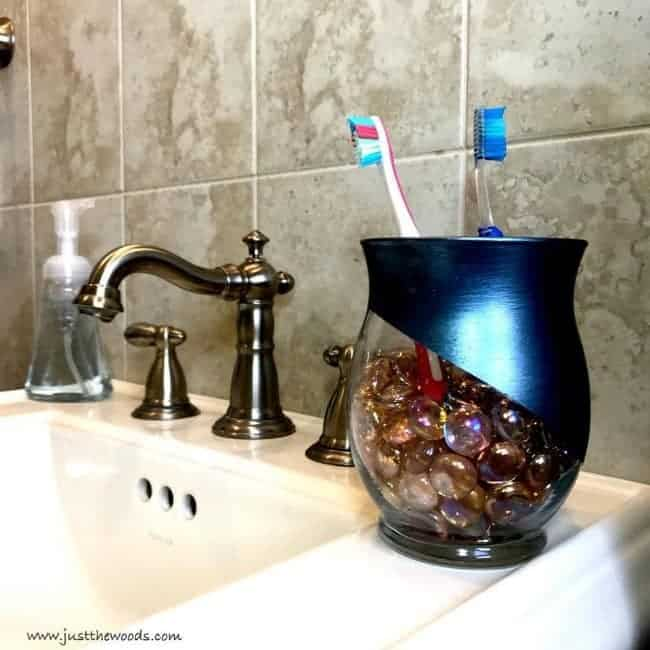 dit, toothbrush holder, metallic painted glass, mosaic glass stones