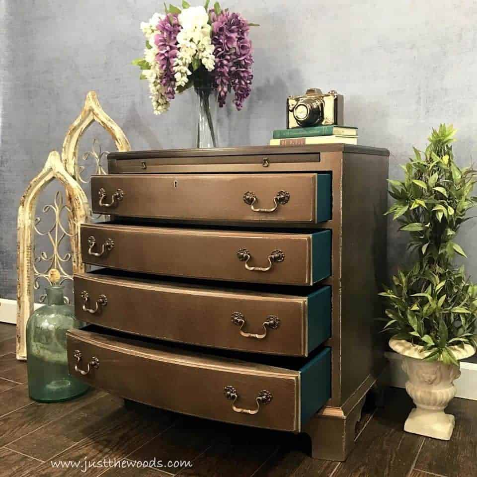 How to Add Bronze Metallic Glaze to Painted Furniture