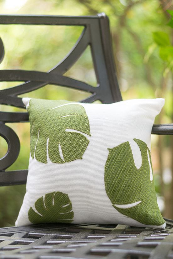 diy throw pillows, cricut projects