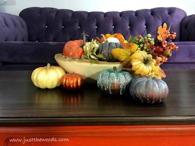 colorful living room, colorful fall decor, tablescape, fall decor ideas