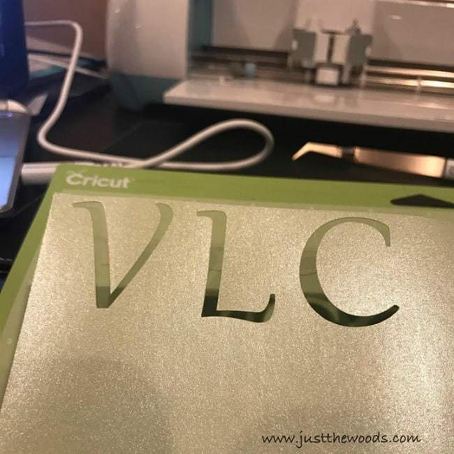 stencil, cricut machine, make stencil, initials