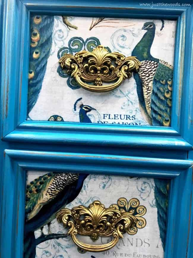 gold painted hardware, how to paint hardware, ornate hardware on decoupaged drawers