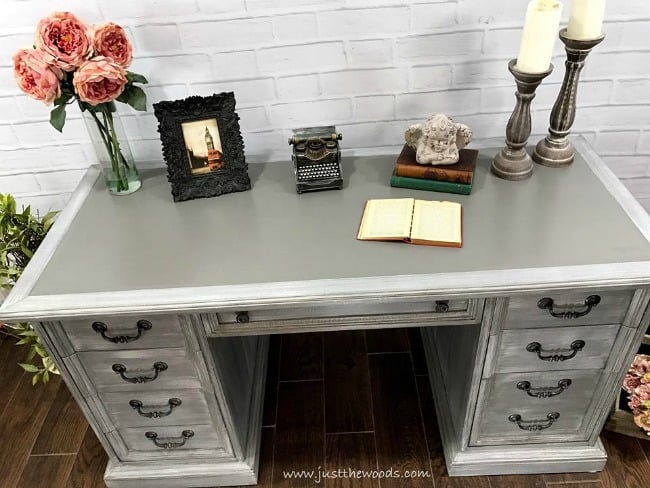 gray painted desk, painted furniture, dry brushing, dry brush furniture, painted layers, chalk paint