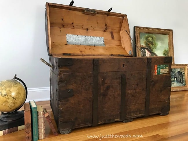 open steamer trunk, refurbished steamer trunk, large steamer trunk