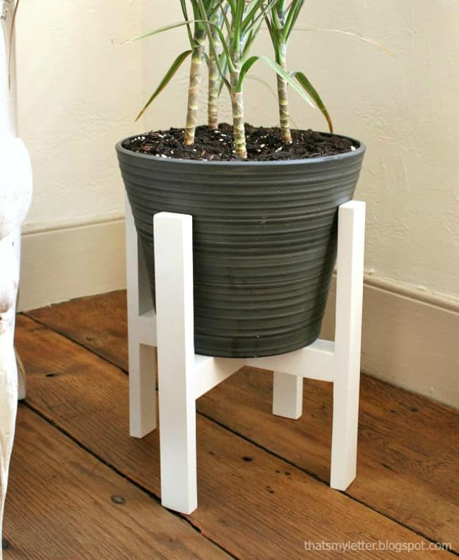 diy plant stand, woodworking projects, small woodworking projects