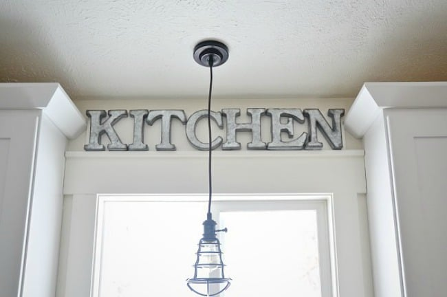 diy kitchen sign, metal kitchen sign, diy kitchen projects, farmhouse kitchen sign