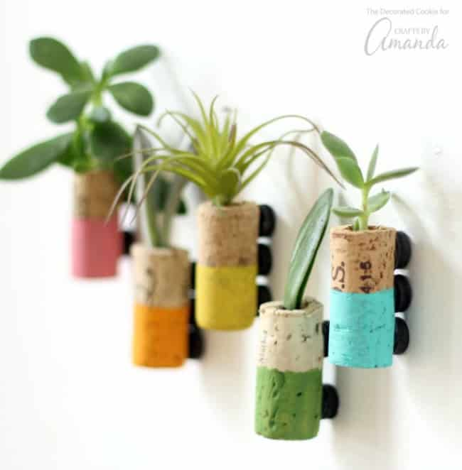 wine cork diy, cork magnets, diy kitchen projects