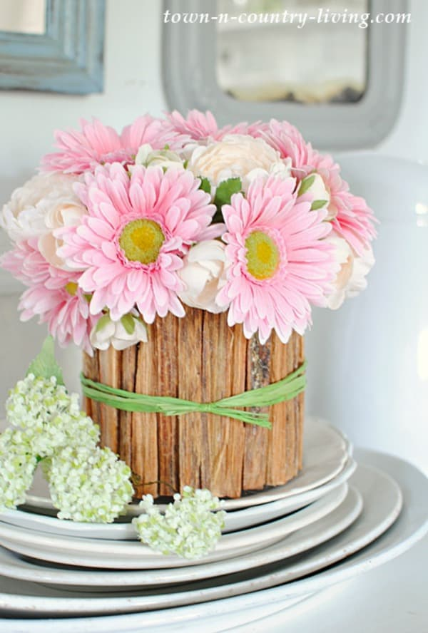 rustic flower vase, diy vases, vase ideas, how to decorate a flower vase, diy vase