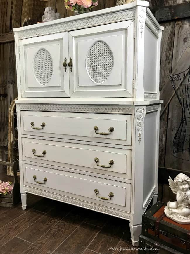 how to create distressed furniture