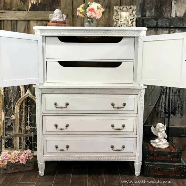 Incredible How To Distress Painted Furniture For A Beautiful Worn Look Download Free Architecture Designs Barepgrimeyleaguecom