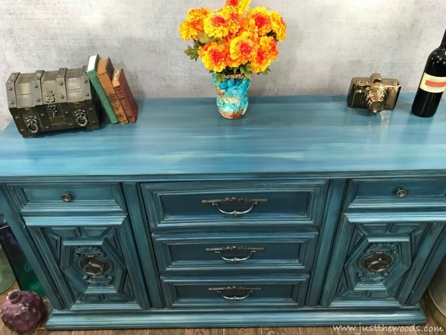 how to paint ornate furniture, how to paint vintage furniture, layer paint
