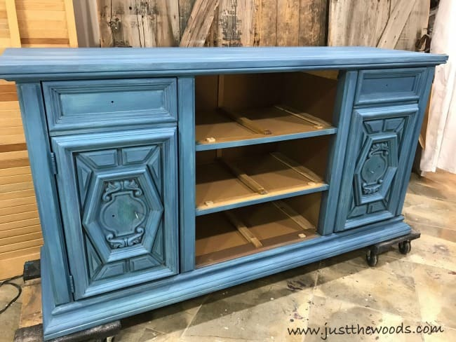 how to add a wash to painted furniture, layer paint, how to layer paint on furniture, paint layers, blue chalk paint