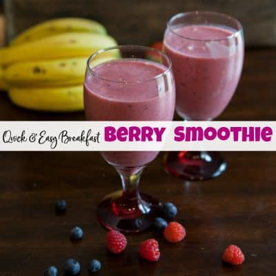 Quick & Healthy Breakfast Berry Smoothie with Protein