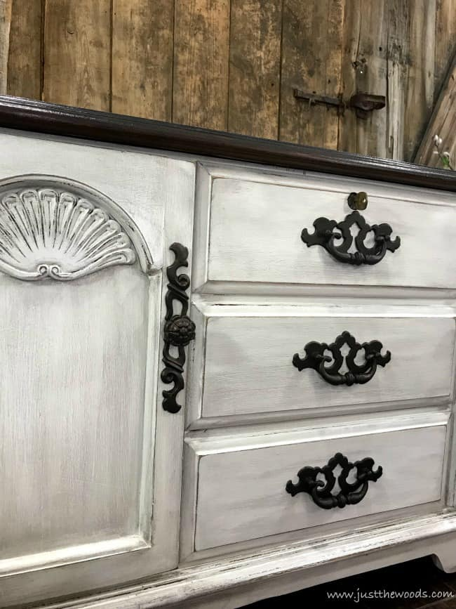 glaze furniture, farmhouse painted furniture, dirty looking painted furniture