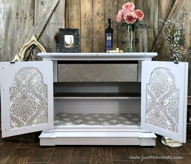 painted flip top buffet, furniture makeover, painted furniture ideas, chalk painted furniture