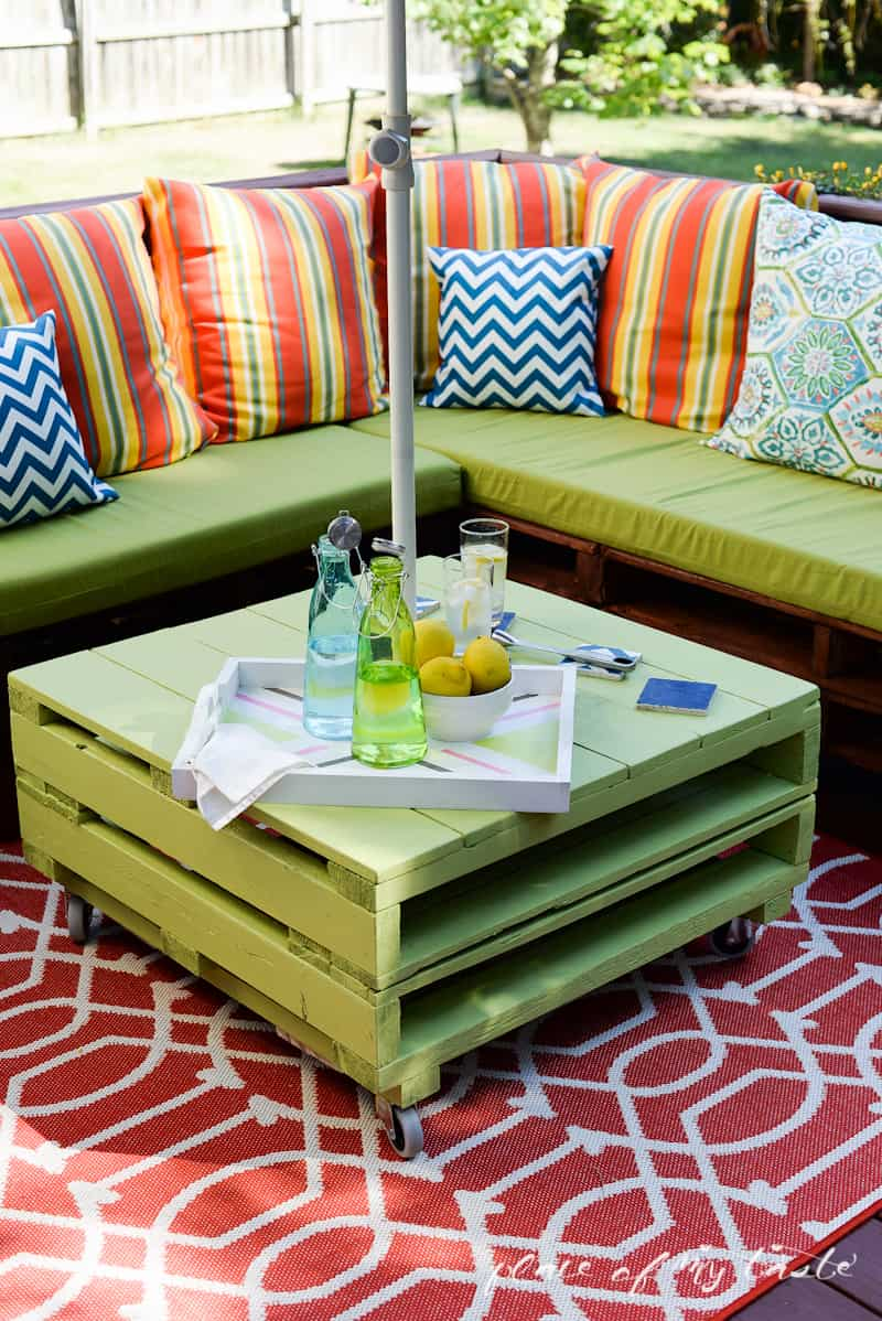 diy pallet outdoor furniture, diy outdoor furniture, diy patio furniture, homemade outdoor furniture, pallet furniture, pallet projects,